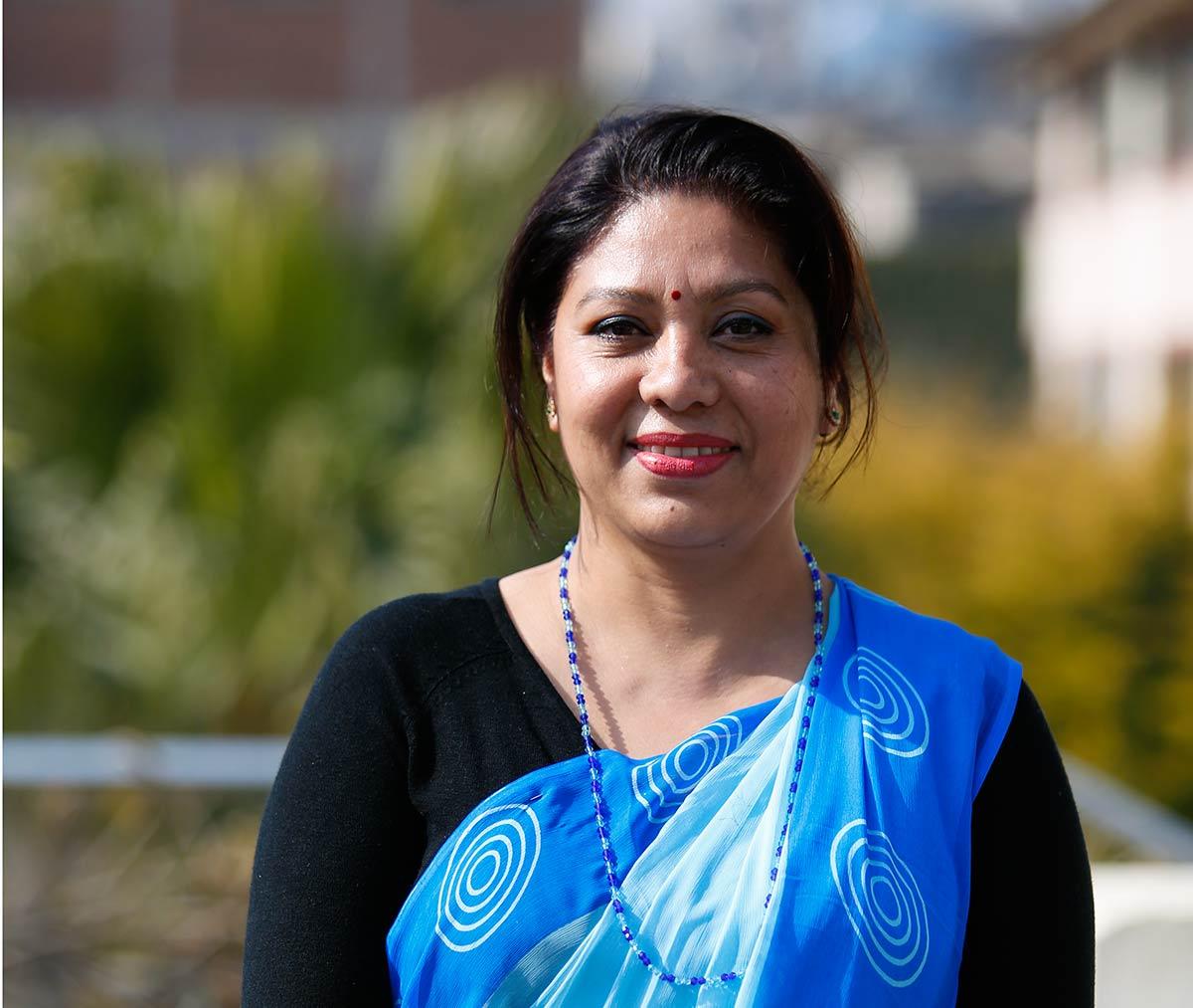 Nepalilainen vapaaehtoinen terveydenhoitaja Jyotsna Sindukar