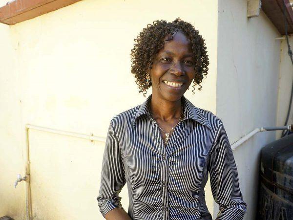 Mosambikilainen kotiapulainen Laura tembe Manhise