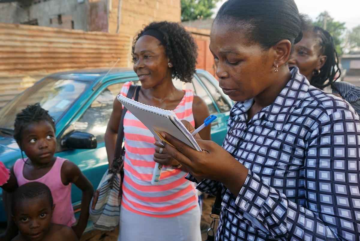 Mosambikilaisia kotiapulaisia
