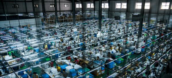 Tekstiilitehdas Myanmarissa.